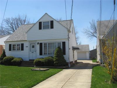 Wickliffe Single Family Home For Sale: 1700 East 294th St