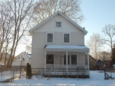 Single Family Home For Sale: 2208 West 37th St