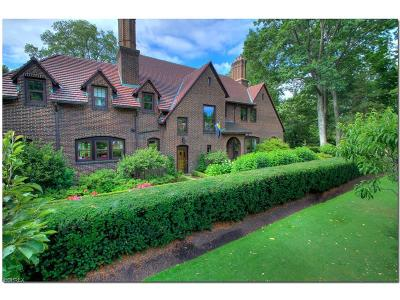 Cleveland Heights Single Family Home For Sale: 2465 Marlboro Rd