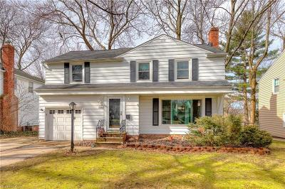 Lyndhurst Single Family Home For Sale: 1280 Ford Rd