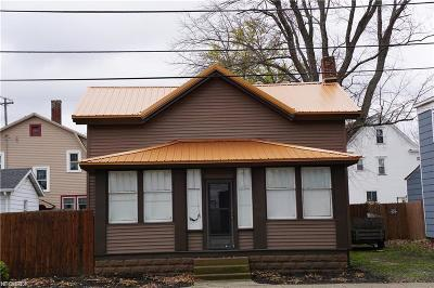 Conneaut Single Family Home For Sale: 407 Madison Street