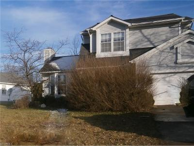 Middlefield Single Family Home For Sale: 14845 Lantern Ct