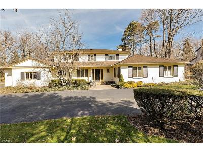 Shaker Heights Single Family Home For Sale: 17401 Shaker Blvd
