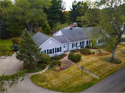 Geauga County Single Family Home For Sale: 11224 Mayfield Rd