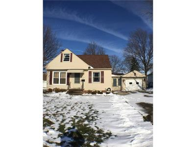 Wickliffe Single Family Home For Sale: 1609 Dennis Dr