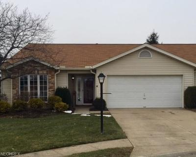Strongsville Single Family Home For Sale: 10468 Decatur Dr #50-A