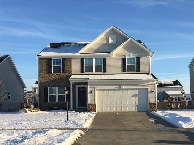 Avon Single Family Home For Sale: 3105 Woodland Trl