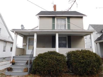 Lakewood Single Family Home For Sale: 1573 Coutant Ave