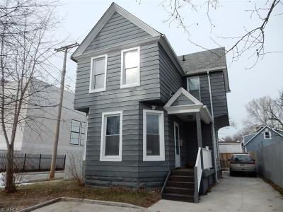 Single Family Home For Sale: 2114 Barber Ave