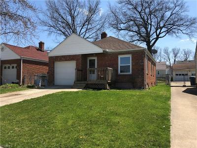 Parma Single Family Home For Sale: 2431 Fortune Ave