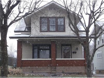 Guernsey County Single Family Home For Sale: 627 North 9th St