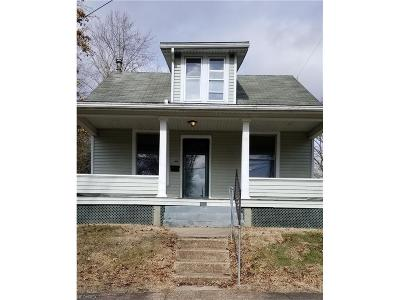 Marietta Single Family Home For Sale: 207 Kenwood Ave