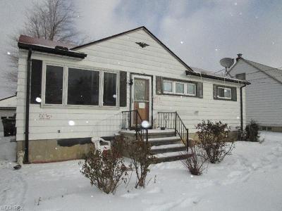Brook Park Single Family Home For Sale: 16084 Harrison Dr