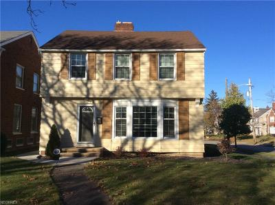 Shaker Heights Single Family Home For Sale: 17321 Scottsdale Blvd