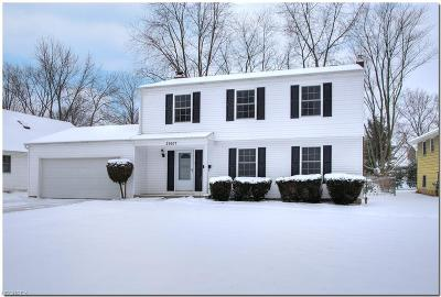 North Olmsted Single Family Home For Sale: 29637 Wellington Dr