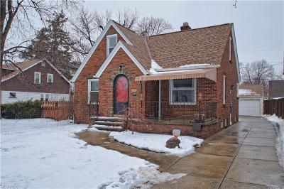 Parma Single Family Home For Sale: 6414 Renwood Dr