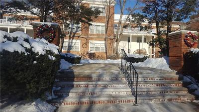 Shaker Heights Condo/Townhouse For Sale: 15925 Van Aken Blvd #104E