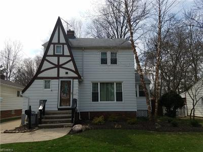 North Olmsted Single Family Home For Sale: 3182 West 231st St