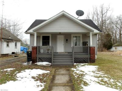Warren Single Family Home For Sale: 1641 Oak St