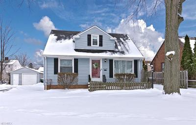Wickliffe Single Family Home For Sale: 2135 Sunset Dr