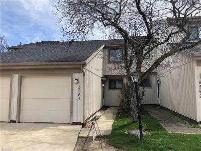 Parma OH Condo/Townhouse For Sale: $92,900