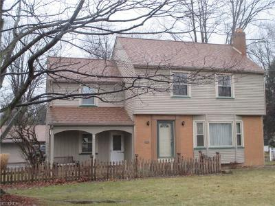 Boardman Single Family Home For Sale: 736 Wildwood Dr