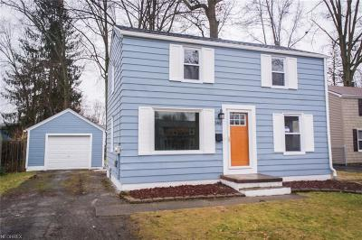 Youngstown Single Family Home For Sale: 3465 Shelby Rd