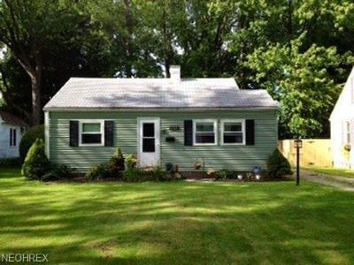 Lake County Single Family Home For Sale: 189 Meriden Rd