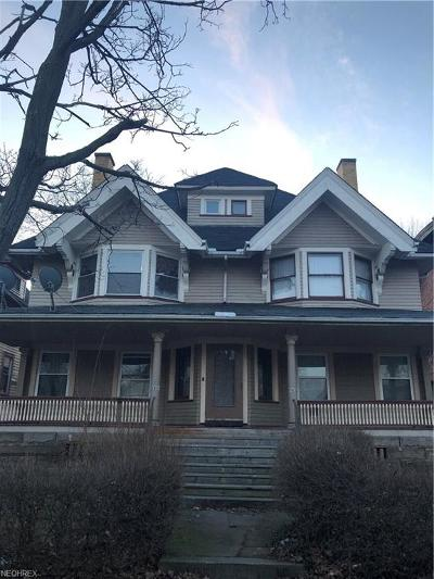 Single Family Home For Sale: 1428 West 81st St