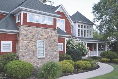 Lake County Single Family Home For Sale: 8060 Humphrey Hill Dr