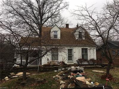 North Olmsted Single Family Home For Sale: 31276 Lorain Rd