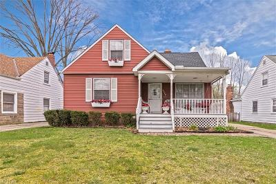 Parma Heights Single Family Home For Sale: 6948 Greenleaf Ave