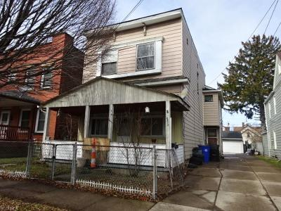 Cleveland Multi Family Home For Sale: 3418 Daisy Ave