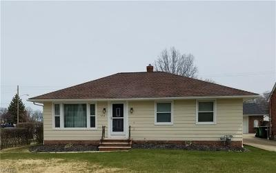 Wickliffe Single Family Home For Sale: 953 Bryn Mawr Ave