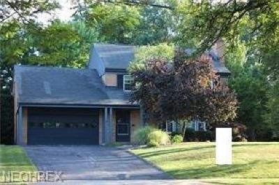 Shaker Heights Single Family Home For Sale: 20799 Fairmount Blvd