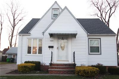 Mayfield Heights Single Family Home For Sale: 1624 Fruitland Ave