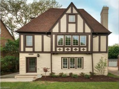 Shaker Heights Multi Family Home For Sale: 3644 Rolliston Rd