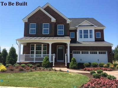 Twinsburg Single Family Home For Sale: 3654 Shady Timber Dr