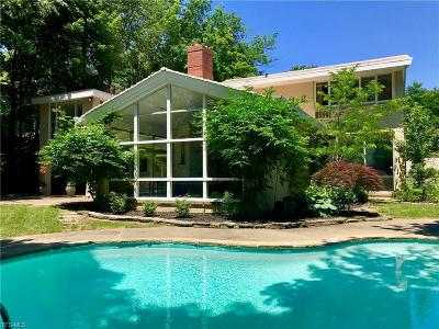 Shaker Heights Single Family Home For Sale: 18100 South Woodland Rd