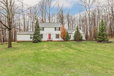 Solon Single Family Home For Sale: 5970 Briardale Ln