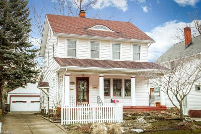 Lakewood Single Family Home For Sale: 2102 Mars Ave