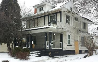 Cleveland Multi Family Home For Sale: 4145 East 95th St