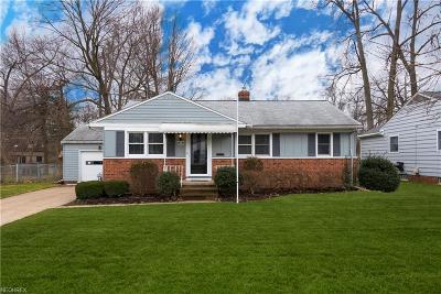 Bay Village, Rocky River Single Family Home For Sale: 26735 Henry Rd