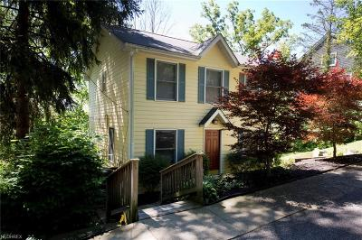 Chagrin Falls Single Family Home For Sale: 43 West Cottage St