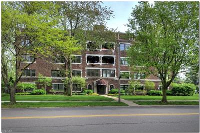 Cleveland Condo/Townhouse For Sale: 2425 North Park Blvd #2