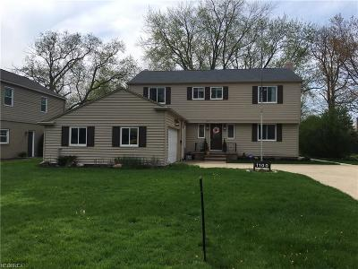 Rocky River Single Family Home For Sale: 1100 Whittlesay Ln