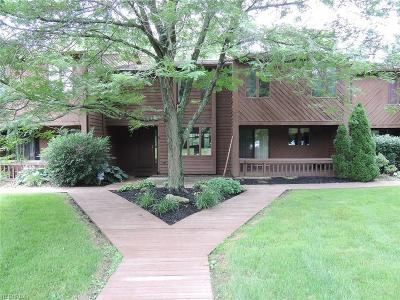 Boardman Condo/Townhouse For Sale: 4470 Devonshire