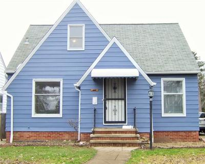 Cleveland Single Family Home For Sale: 6112 Parkridge Ave