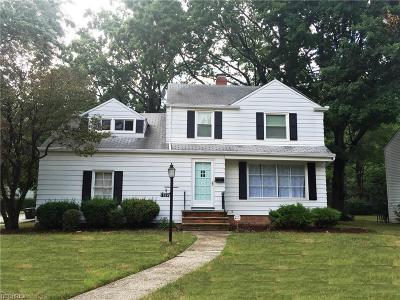 Lyndhurst Single Family Home For Sale: 1324 Brainard Rd