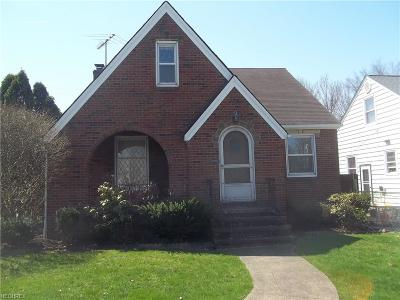 Single Family Home For Sale: 15303 Fernway Ave